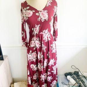 Agnes & Dora Essential Midi Dress Red Floral Print